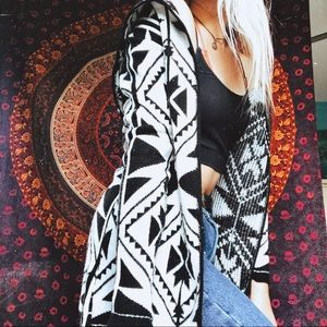 LA Heart Patterned Hoodie Cardigan
